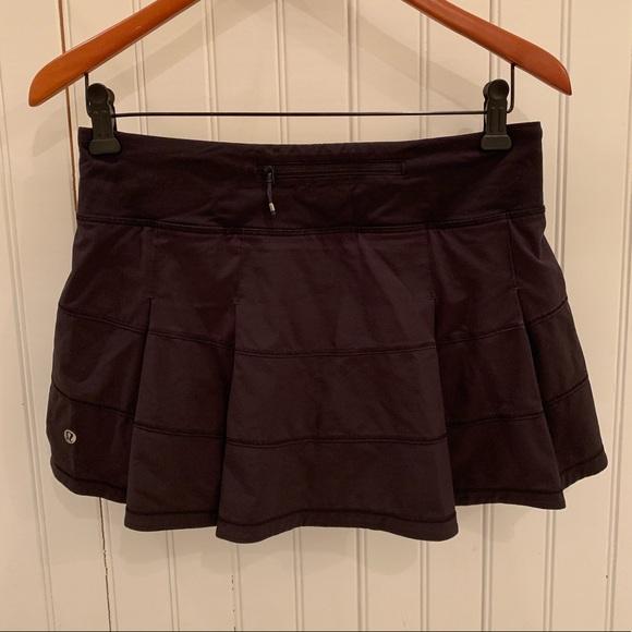 lululemon athletica Dresses & Skirts - Lululemon Pace Rival Skirt 6 Black
